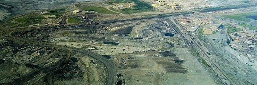512px-Syncrude_mildred_lake_plant1